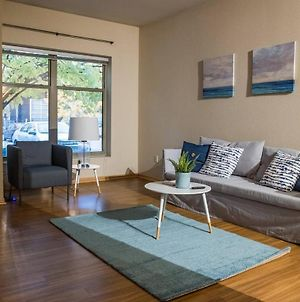Bright 1Br Apt In North Loop photos Exterior