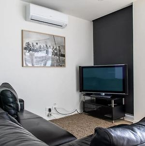 Modern 1 Bedroom Apartment In North Melbourne photos Exterior