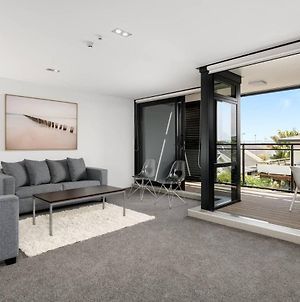 Central Mount Apartment, Quiet And Spacious With Pool photos Exterior
