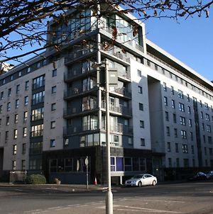 """Kq Glasgow"" A Clyde View Self Catering Apartment photos Exterior"