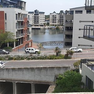 Tyger Waterfront Luxurious And Central Cape Town photos Exterior