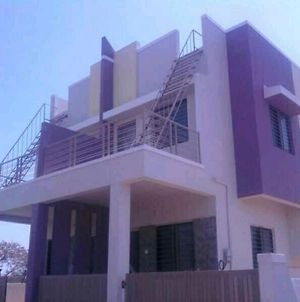 2Bhk Ac Row House Bunglow In Good Locality photos Exterior