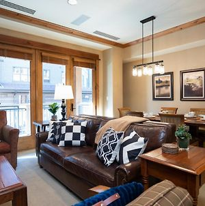 New Listing! Luxury 2 Bd Residence In The Heart Of The Village At Northstar! photos Exterior