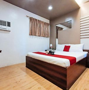Reddoorz Plus Near Robinsons Place Gensan photos Exterior