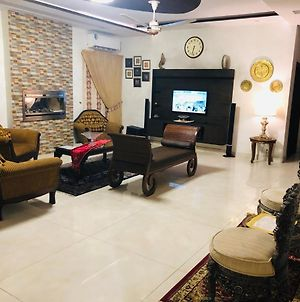 Royal Two Bed Furnished Portion Dha Lahore photos Exterior