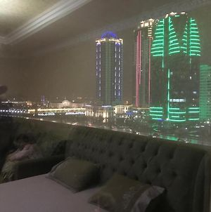 Apartments With A View Of Grozny - Siti I Park Zwetov photos Exterior