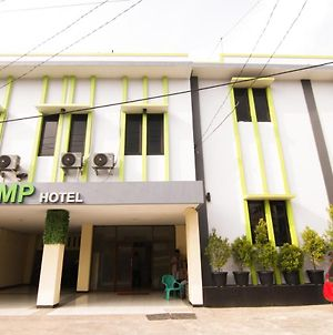 Mp Hotel Purwakarta photos Exterior