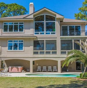All-Suite Oceanfront Oasis With Pool & Hot Tub Home photos Exterior