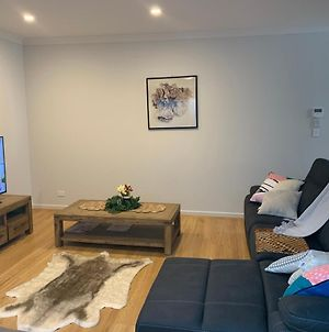 Spacious Rooms Home-Stay With Free Wifi photos Exterior