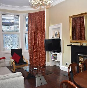Dalkeith Road - Cosy 2Br Close To Trendy Newington & Old Town photos Exterior