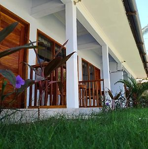 Elisa Homestay Areguling photos Exterior