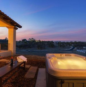 Adelaide By Avantstay Sunset View From The Hot Tub Ranch Styled Home photos Exterior