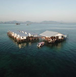 Shun Shun Water Bungalows photos Exterior