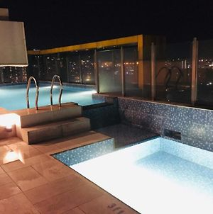 Staycation+2Bedroom+6Pax+Gym+Pool photos Exterior