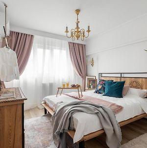 Eclectic 3 Bedroom Calea Victoriei photos Exterior