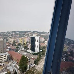 Very Clean Apartment Close To Metro Station Just 5 Min & Only 15 Min To The Coast photos Exterior