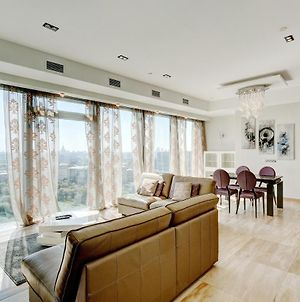 Deluxe Panoramic Apartment In The Moscow City photos Exterior