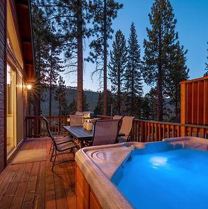 New Listing! Alpine Chalet With Private Hot Tub Home photos Exterior