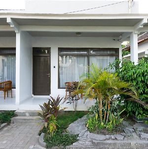 Reddoorz Near Gili Lamp photos Exterior