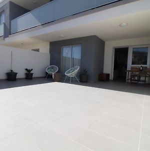 """""""Tejita Flavour Apt"""" - Brandnew 2020 Apt With Spacious Terrace, Pool, Parking, Just 300M From The Longest Natural Sand Beach Of Tenerife photos Exterior"""