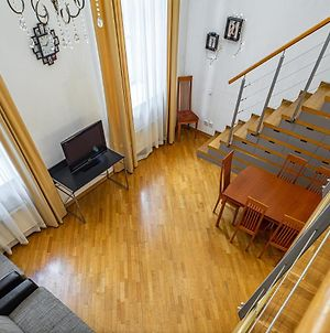 Amazing Loft In The Heart Of The Old Town photos Exterior