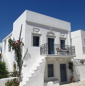 Magnificent Traditional House In The Centre Of Naxos photos Exterior