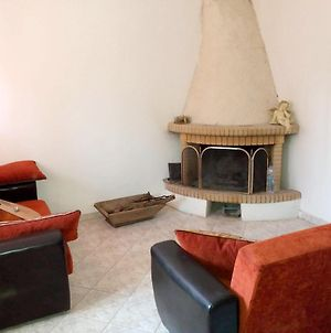 House With 2 Bedrooms In Lesvos With Enclosed Garden And Wifi 13 Km From The Beach photos Exterior