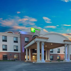 Holiday Inn Express Hotel & Suites Concordia Us 81, An Ihg Hotel photos Exterior