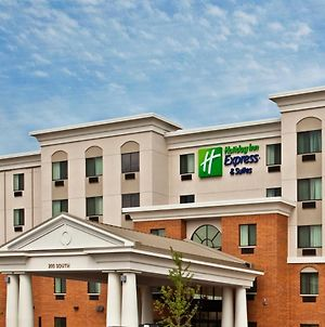 Holiday Inn Express Hotel & Suites Chicago Airport West-O'Hare, An Ihg Hotel photos Exterior