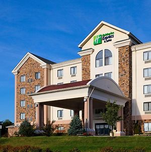 Holiday Inn Express Hotel & Suites Kingsport-Meadowview I-26, An Ihg Hotel photos Exterior