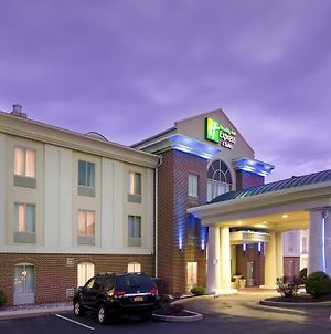 Holiday Inn Express Hotel & Suites Chambersburg photos Exterior