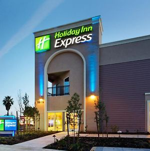 Holiday Inn Express Benicia photos Exterior