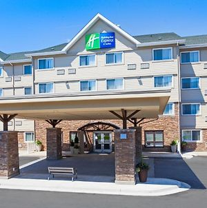 Holiday Inn Express Hotel & Suites Uptown Fredericton, An Ihg Hotel photos Exterior