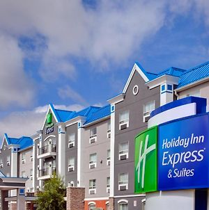 Holiday Inn Express Calgary South, An Ihg Hotel photos Exterior