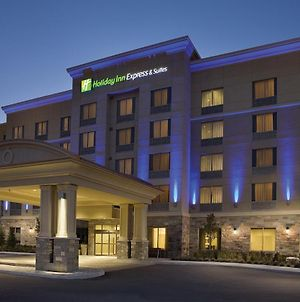 Holiday Inn Express & Suites Vaughan Southwest, An Ihg Hotel photos Exterior