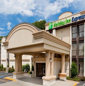 Holiday Inn Express Southington photos Exterior