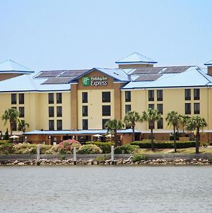 Holiday Inn Express Hotel & Suites Tampa-Rocky Point Island, An Ihg Hotel photos Exterior