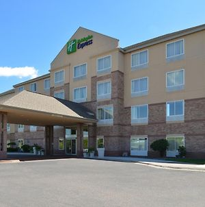 Holiday Inn Express & Suites St. Croix Valley, An Ihg Hotel photos Exterior