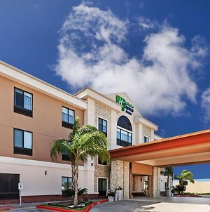 Holiday Inn Express Hotels & Suites East Houston photos Exterior