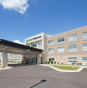 Holiday Inn Express And Suites Rochester Hill - Detroit Area photos Exterior