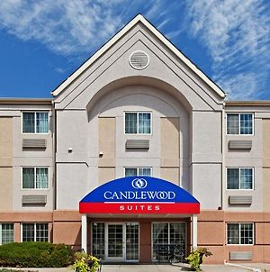 Candlewood Suites Wichita Airport photos Exterior