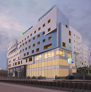 Holiday Inn Express Hyderabad Banjara Hills photos Exterior