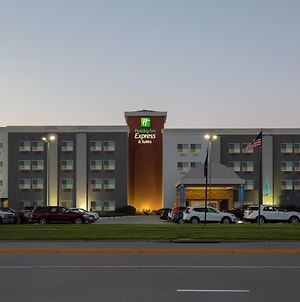 Holiday Inn Express Hotel & Suites Columbus, An Ihg Hotel photos Exterior