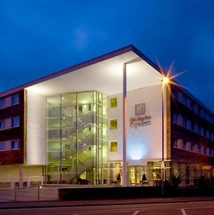 Holiday Inn Express, Chester Racecourse, An Ihg Hotel photos Exterior