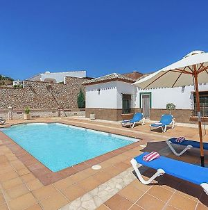 Nerja Villa Sleeps 6 Pool Air Con Wifi photos Exterior