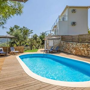 Ai Giannis Villa Sleeps 7 Pool Air Con Wifi photos Exterior