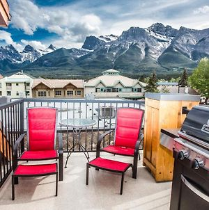 The Lookout - Top Floor Corner Unit With Stunning Views photos Exterior