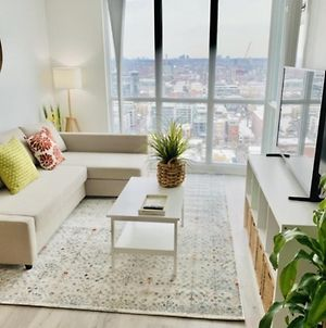 Fabulous Condo In Heart Of Downtown photos Exterior