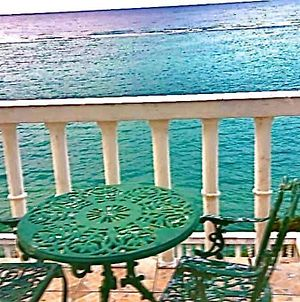 Relax And Enjoy The Oceanview! Ocho Rios!! Book Today!! photos Exterior