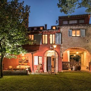 Canapegna Village - Private Villas And 2 Pools In The Heart Of Le Marche photos Exterior
